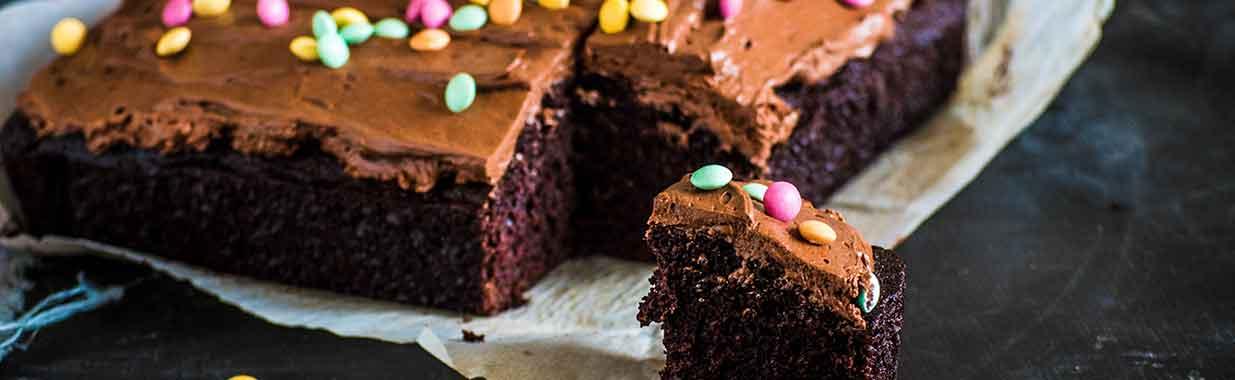 Chocolate olive oil cake and slice