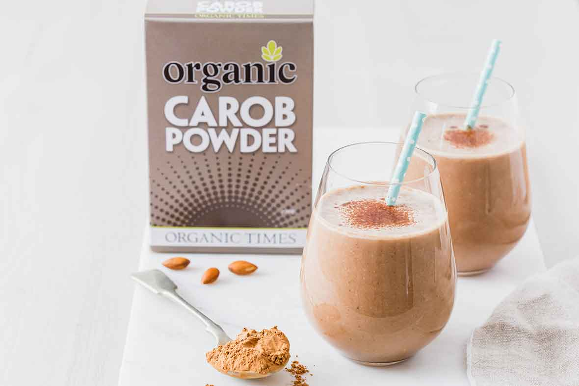 smoothies made from carob powder